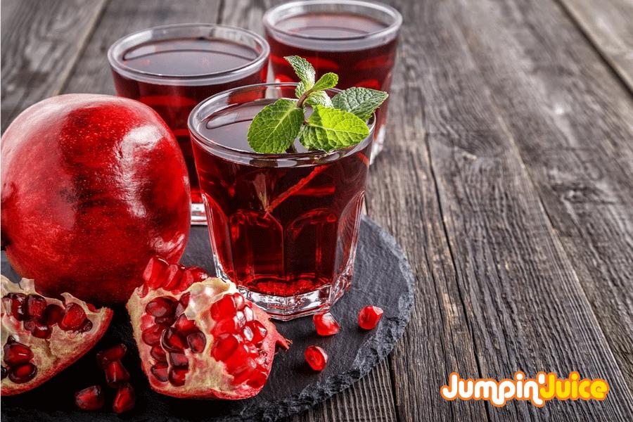 10 Amazing Benefits of Pomegranate Juice