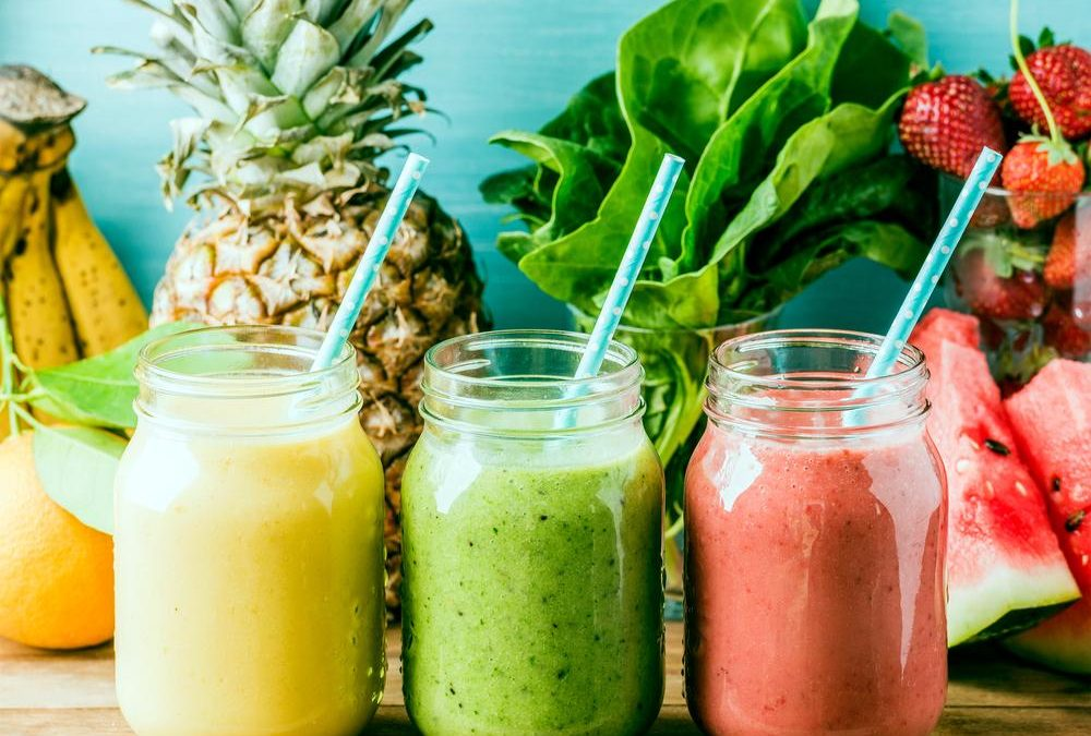 5 Easy Organic Smoothie Recipes the Whole Family will love